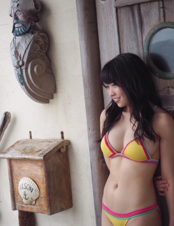 大原優乃セクシー画像!Fカップ美太ももドリームボディー水着!